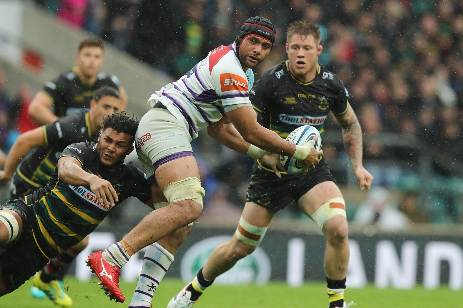 Sione Kalamafoni plays against Saints at Twickenham in support of former Saint Rob Horne