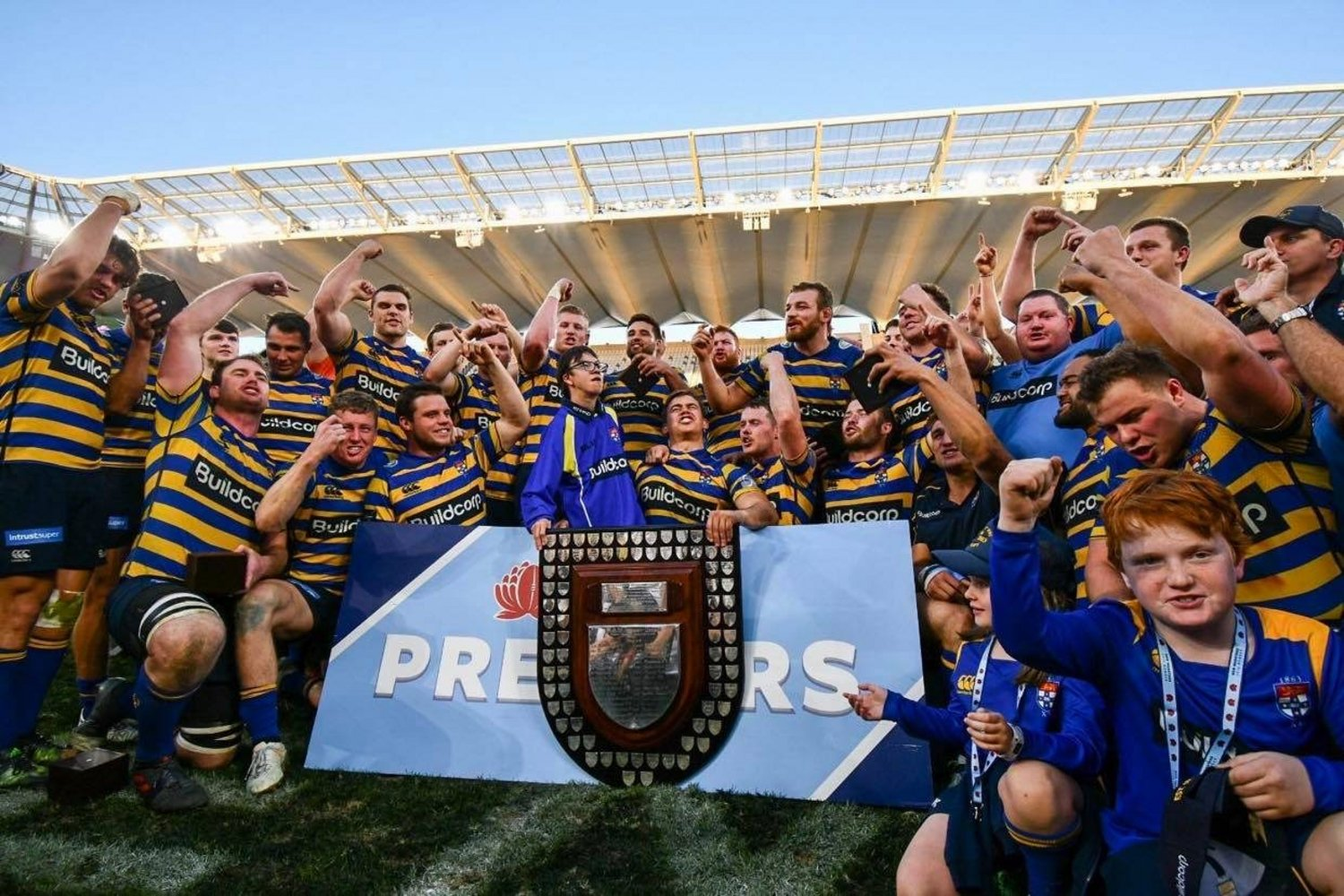 Rob Taylor and Sydney University celebrate winning the Shute Shield