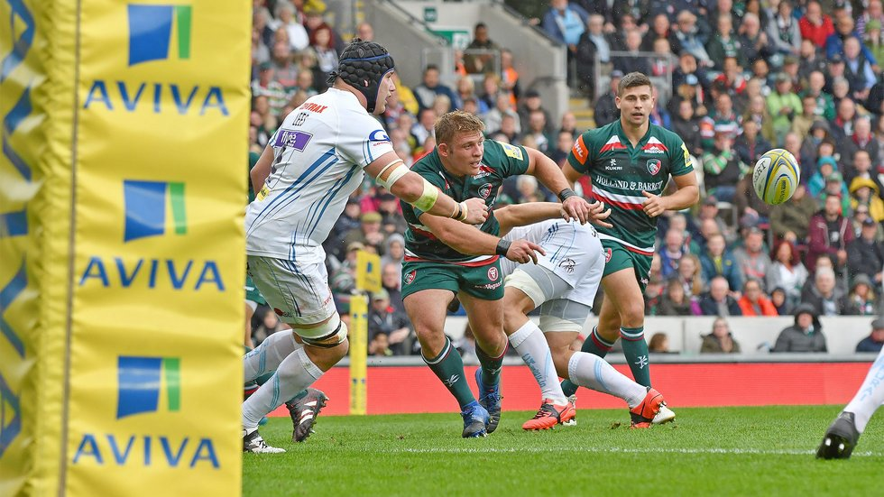 Tom Youngs on the attack in Tigers' win over Exeter in September