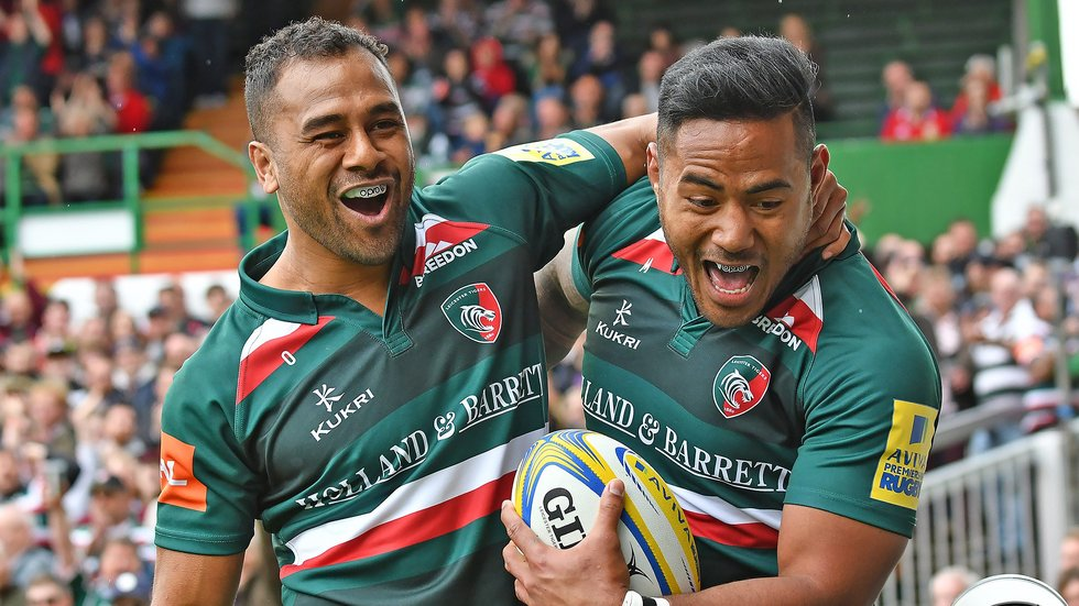 Telusa Veainu joins Manu Tuilagi to celebrate the opening try of the season