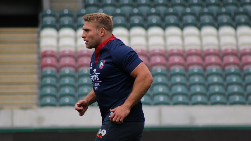 Tom Youngs takes part in the Captain's Run at Welford Road ahead of the clash with Newcastle Falcons