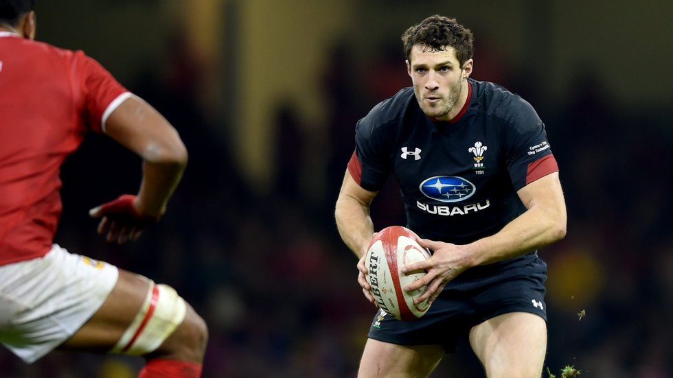 Jonah Holmes in his international debut for Wales [Huw Evans Agency]