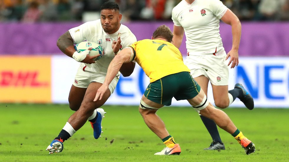 Manu Tuilagi carries ball for England in the quarter-final victory