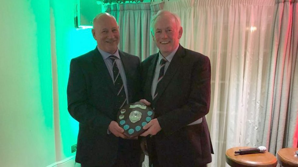 Dusty Hare received his Foundation award from former skipper Peter Wheeler