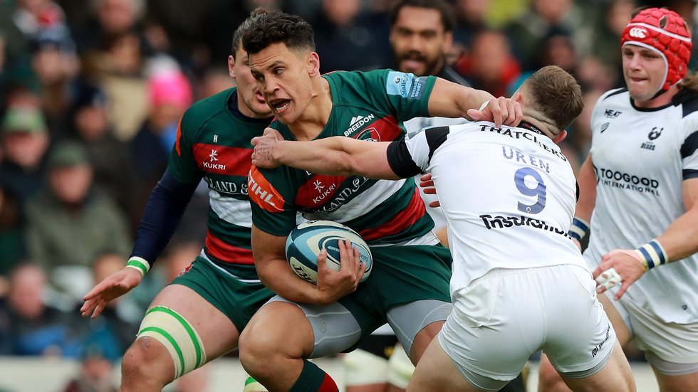Matt Toomua carries in the Tigers midfield in a tight contest with visitors Bristol