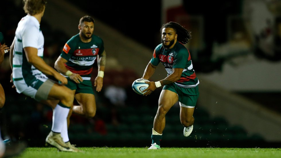 Kyle Eastmond on the attack during the 2018/19 pre-season fixture at Welford Road