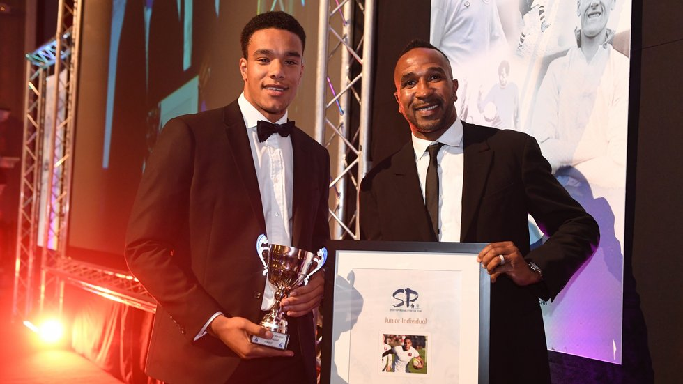 The Tigers Academy graduate was presented with his award by former Stoke City striker Ricardo Fuller. (Photo: Stoke Sentinel/Stoke-on-Trent Live)