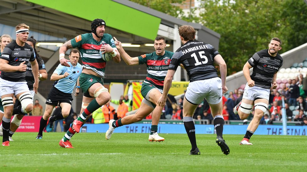 Will Spencer makes a break against Newcastle in the second-rower's first Premiership appearance at Welford Road for the club