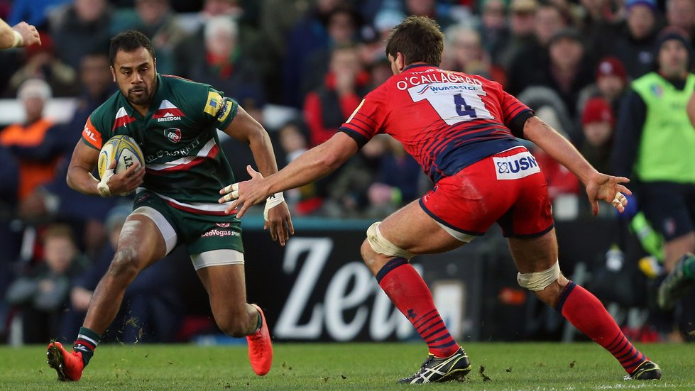 Telusa Veainu on the attack in the home game against Warriors earlier in the season