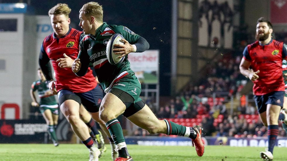 Mathew Tait beats the Munster defence to score the opening try of the day at Welford Road