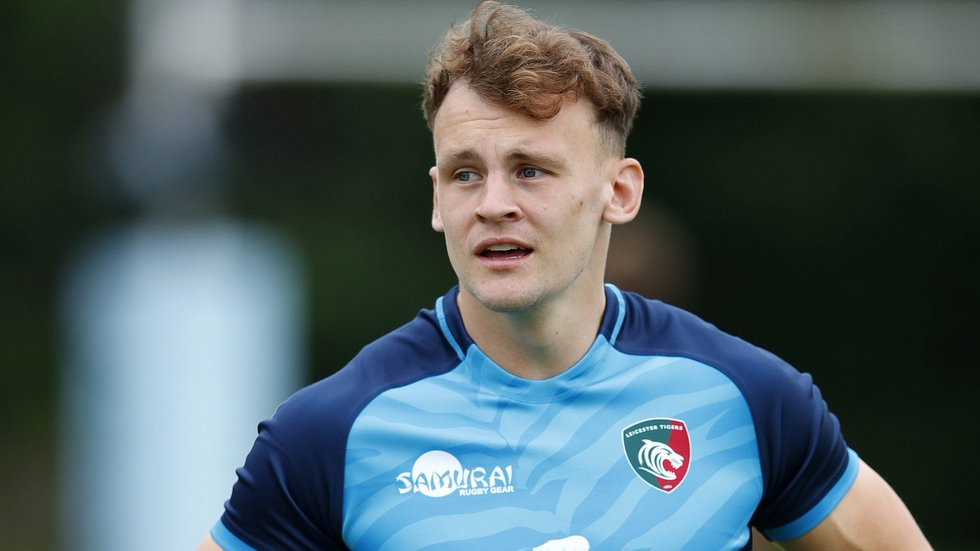 Academy graduate David Williams will make his senior Leicester Tigers debut