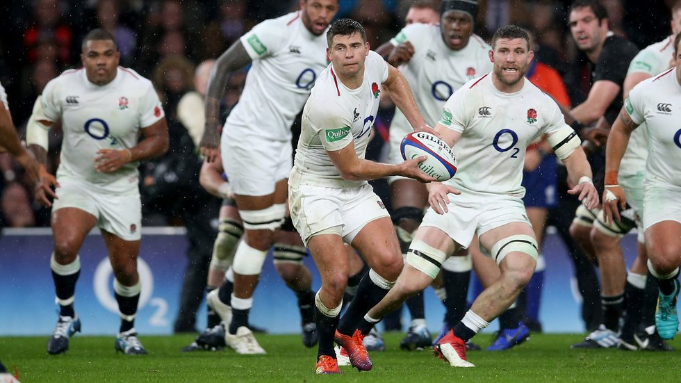 Ben Youngs passes in England's Test against the All Blacks at Twickenham [November 10, 2018]