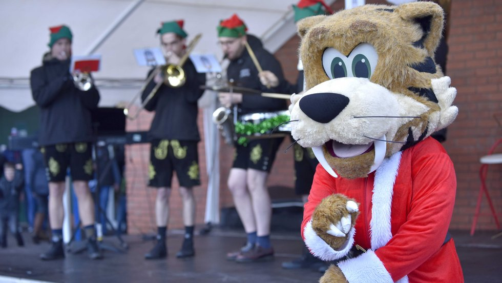 Welford leads the dancing to music from the German Jukebox oompah band
