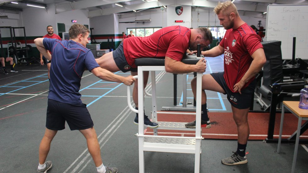 Greg Bateman and team mate James Voss in the gym during pre-season 2018/19.