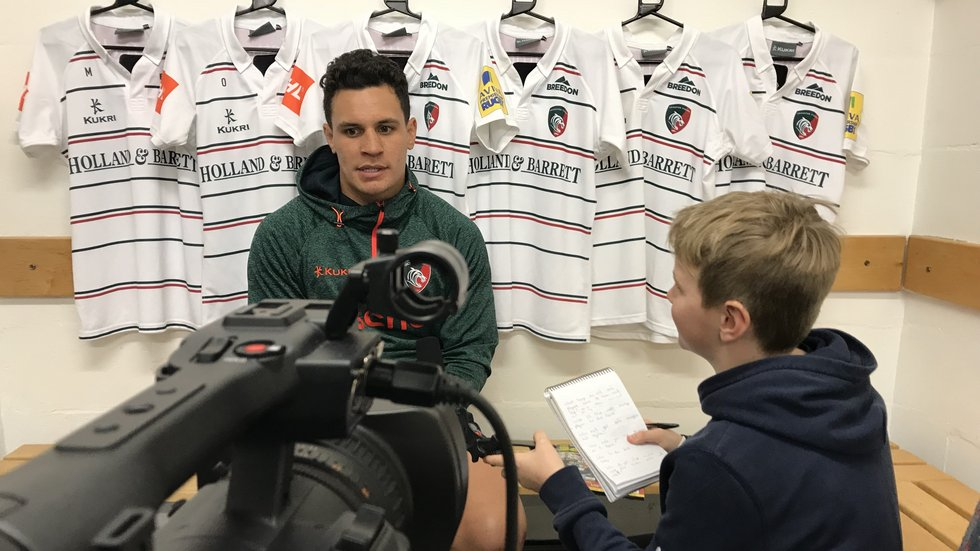 Fan Jonah Hutchings interviewed Matt Toomua after winning a competition with Be Rugby magazine