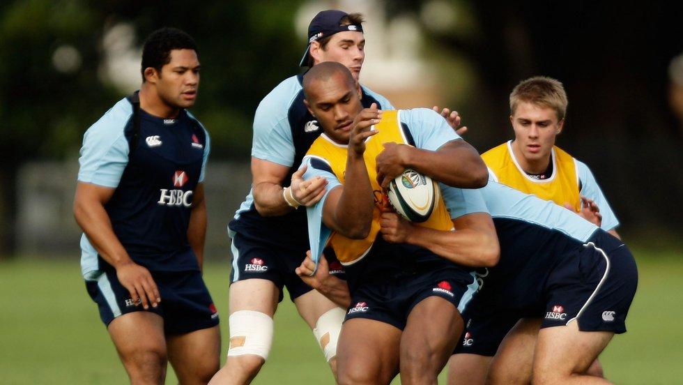 Nadolo training alongside current Tigers hooker Tatafu Polota-Nau for the NSW Waratahs in Super Rugby