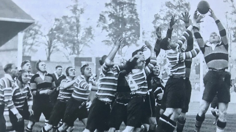 Line-out action from Tigers' 13-10 victory over Saints on October 24, 1931