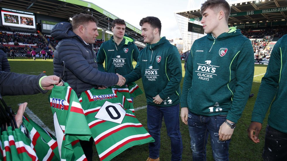 Tom Youngs presented the academy squad with their shirts on graduation day