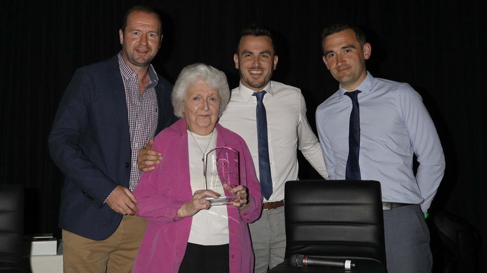 Geordan Murphy presented a special award to Barbara Thomas and family