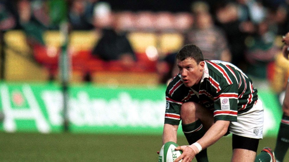 Tim Stimpson lines up a kick in the Heineken Cup semi-final win against Gloucester