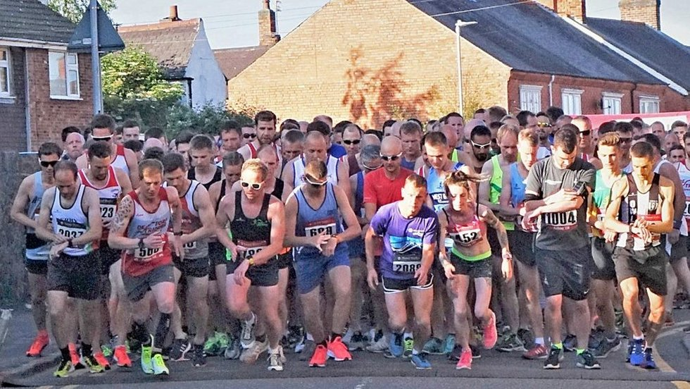 The Mattioli Woods Rothley 10K gets underway on a record-breaking evening for the annual event Credit: Chris Mount