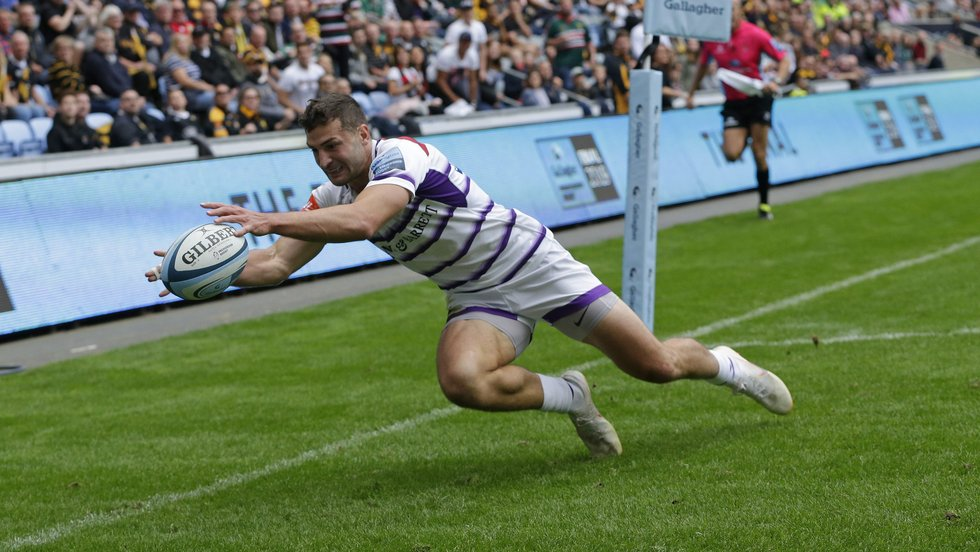 Jonny May judges it to perfection as he dots down in the corner against Wasps