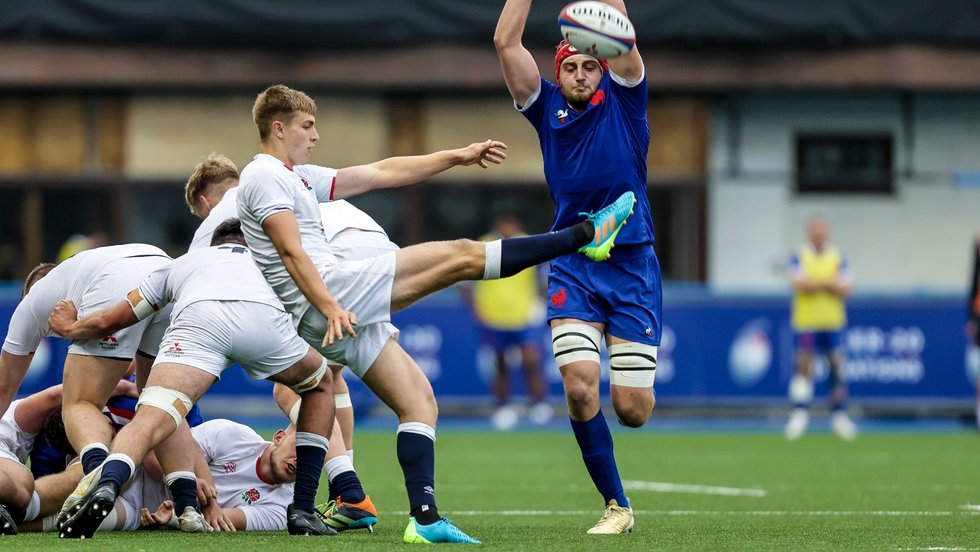Jack Van Poortvliet with a box kick during the Six Nations U20s [Credit: Inpho/SixNations]