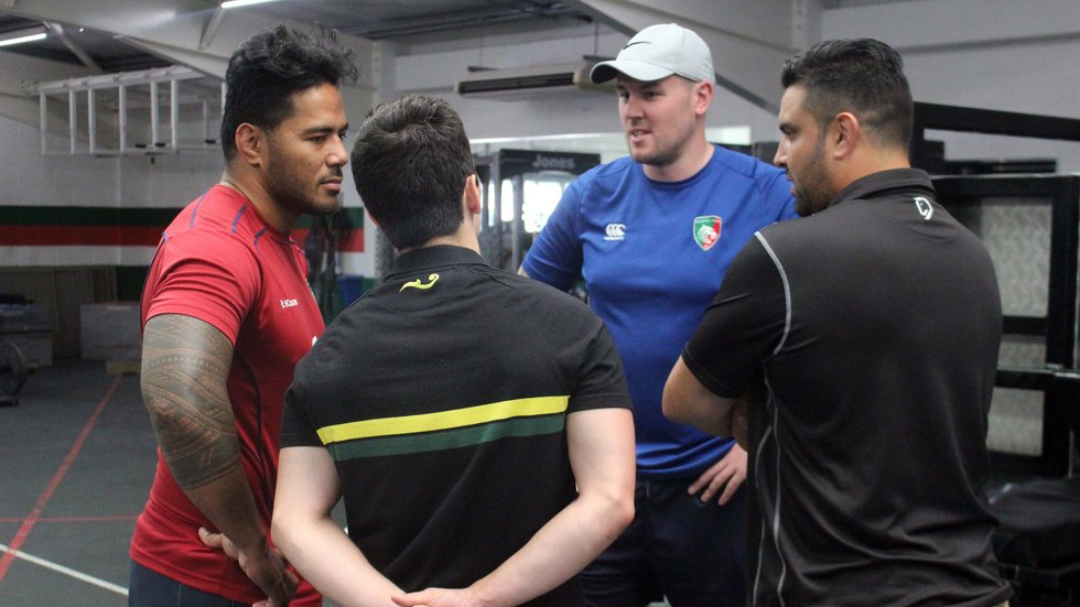 Manu Tuilagi meets Joe Cain (centre) and the delegation from global partner club Dendermonde